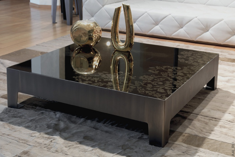 A Coffee Table On A Metal Frame Gorky Longhi Luxury