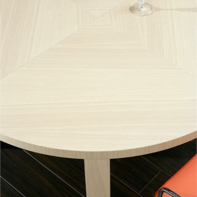 Esterel dining table