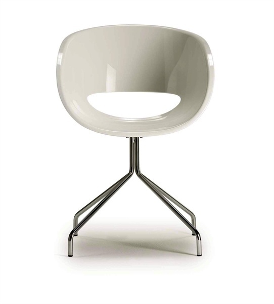 Chair with armrests Spider Eye, Sintesi