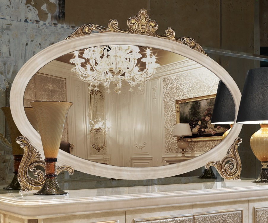 Oval mirror in wood frame with hand carved baroque turri for Floor mirror italian baroque rococo style in lacquer finish
