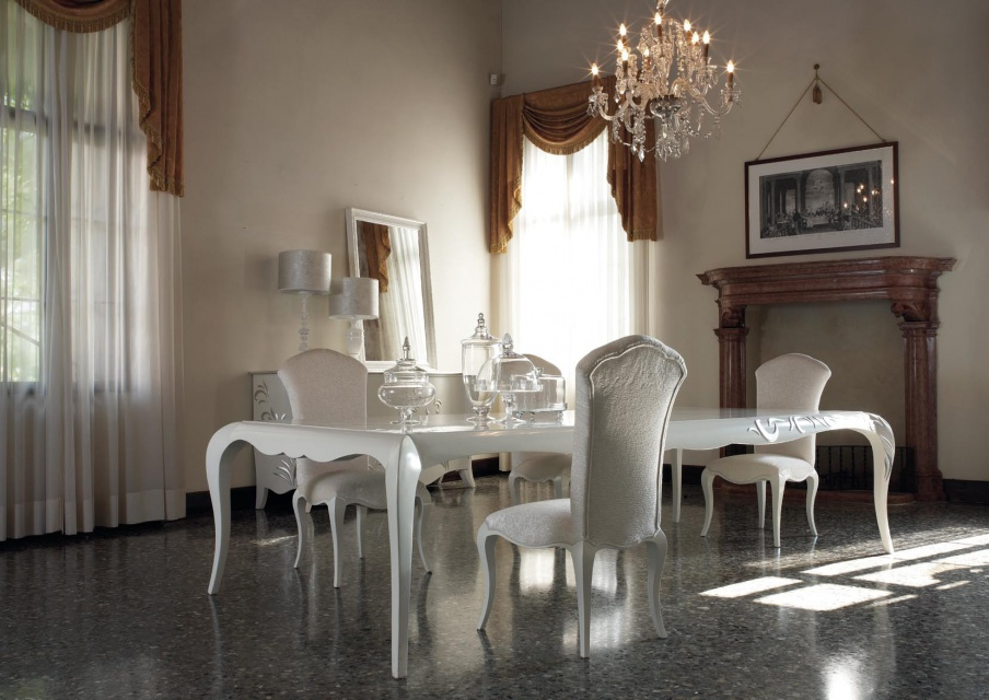 White dining table made of solid wood, Giorgio Piotto