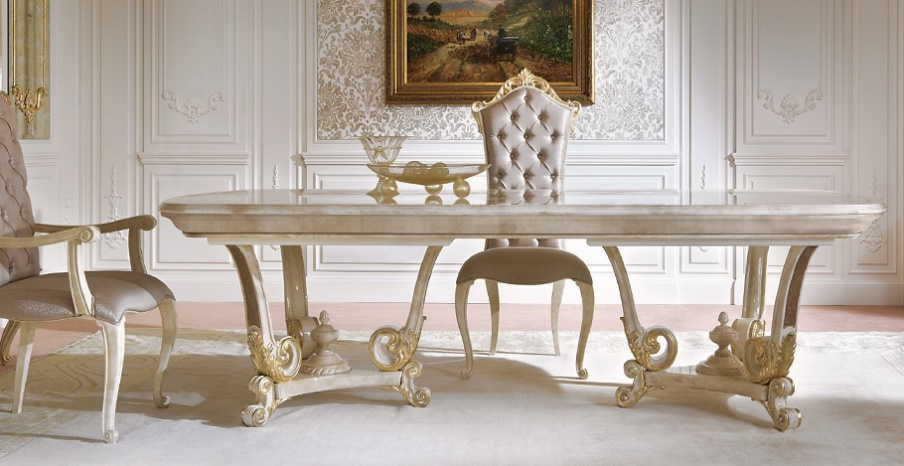 Dining table made of solid wood with carved decoration for Baroque dining table set