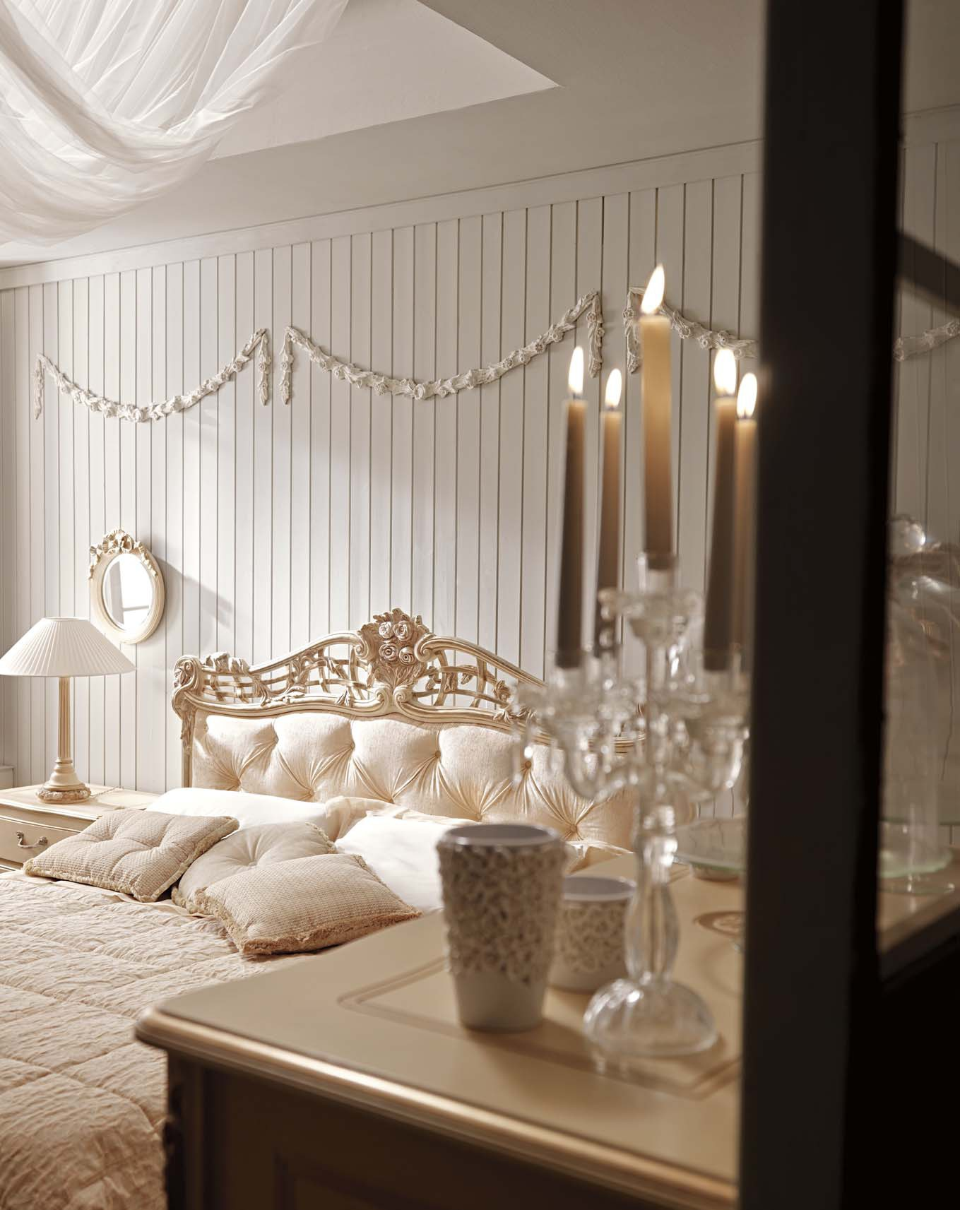 Bed double made of solid wood with high headboard Ambiente Notte ...