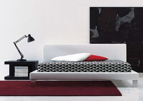 The Segno bed from Italian manufacturer Cappellini