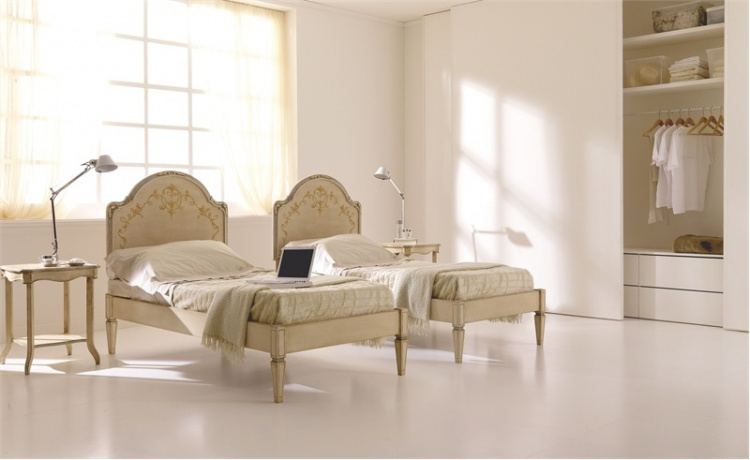 Single bed with high headboard Silvano Grifoni
