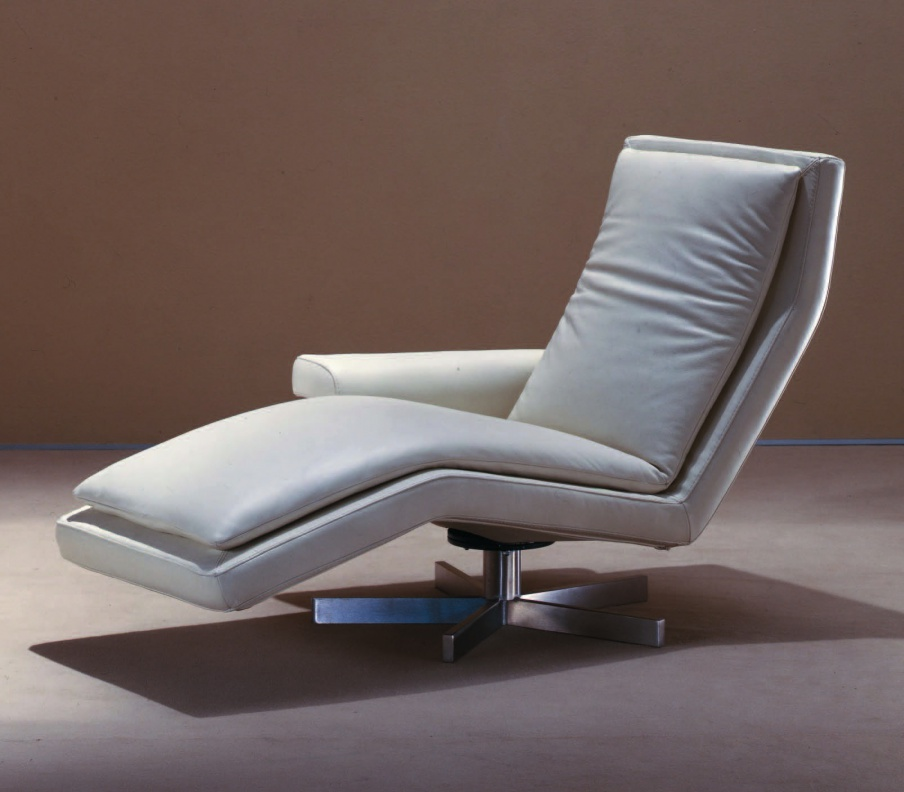 Chaise longue with metal frame, Polaris