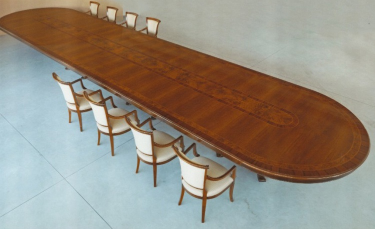 Oval table, Ceppi