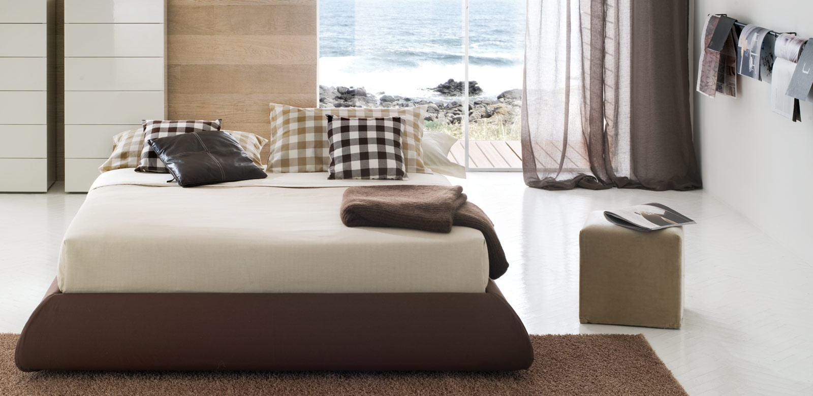 Bed sommier pear altrenotti luxury furniture mr - Characteristics of contemporary platform beds ...