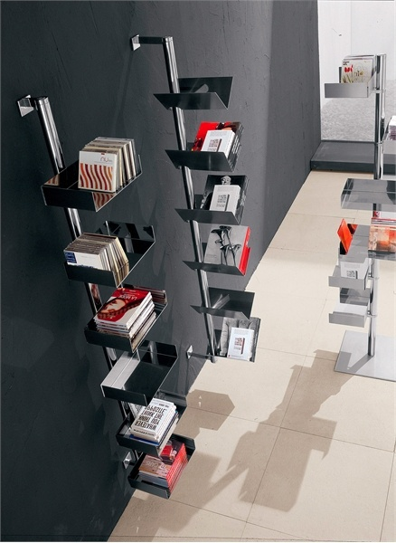 The steel book rack from Fiesta, Cattelan Italia