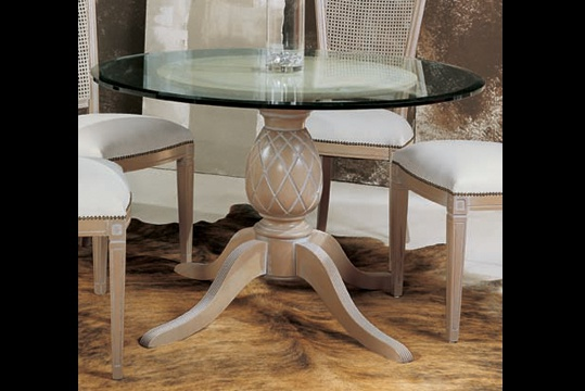 Dining table, Seven sedie perfectly