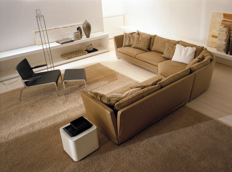 Sofa California, Acam