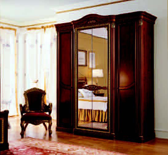 Wardrobe with mirror inserts, San michele