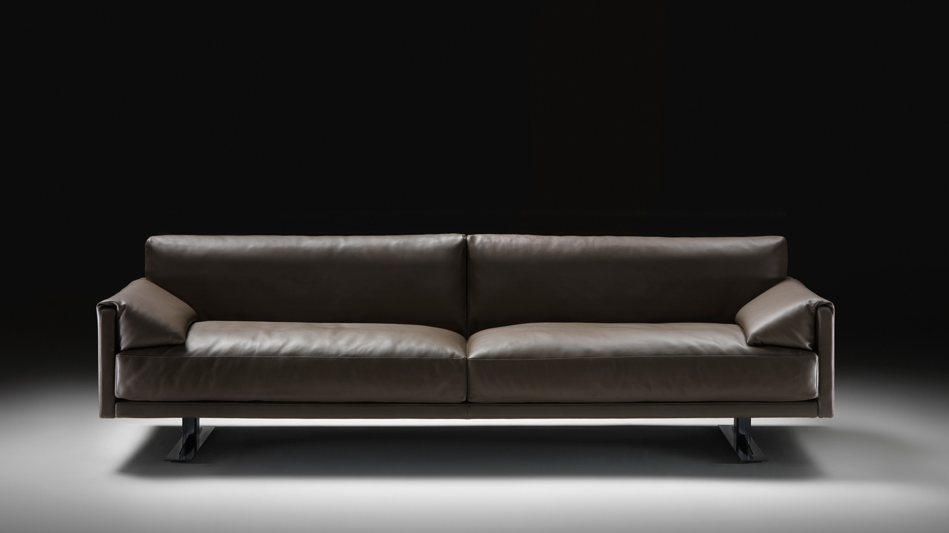 Sofa in leather upholstery with metal frame Busnelli Luxury