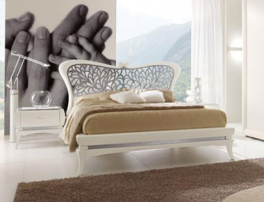 Double bed solid wood with upholstered headboard tosca for Turri arredamenti