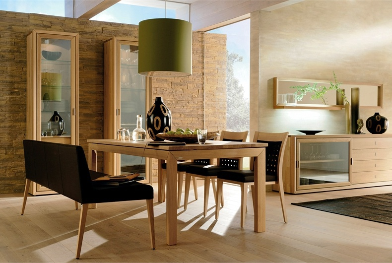 Hulsta Mobili Italia.Dining Table On High Legs Hulsta