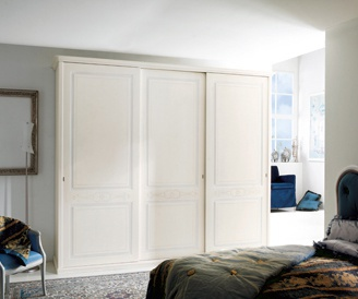 Wardrobe with sliding doors on the frame of tamburino Cigno, Benedetti