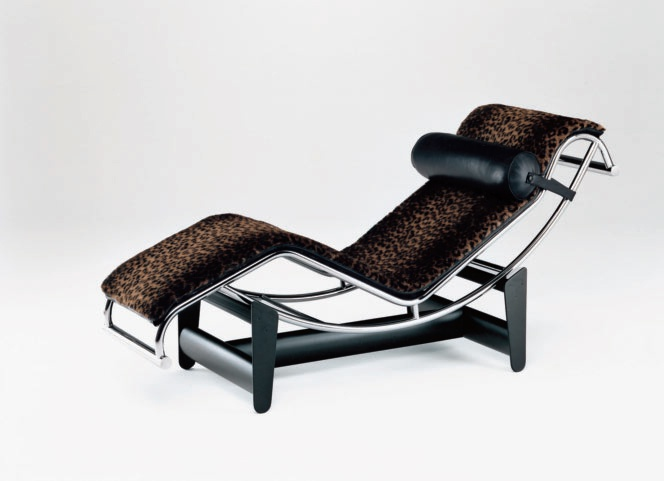 Chaise lounge with steel frame and support for the head for Chaise longue frame