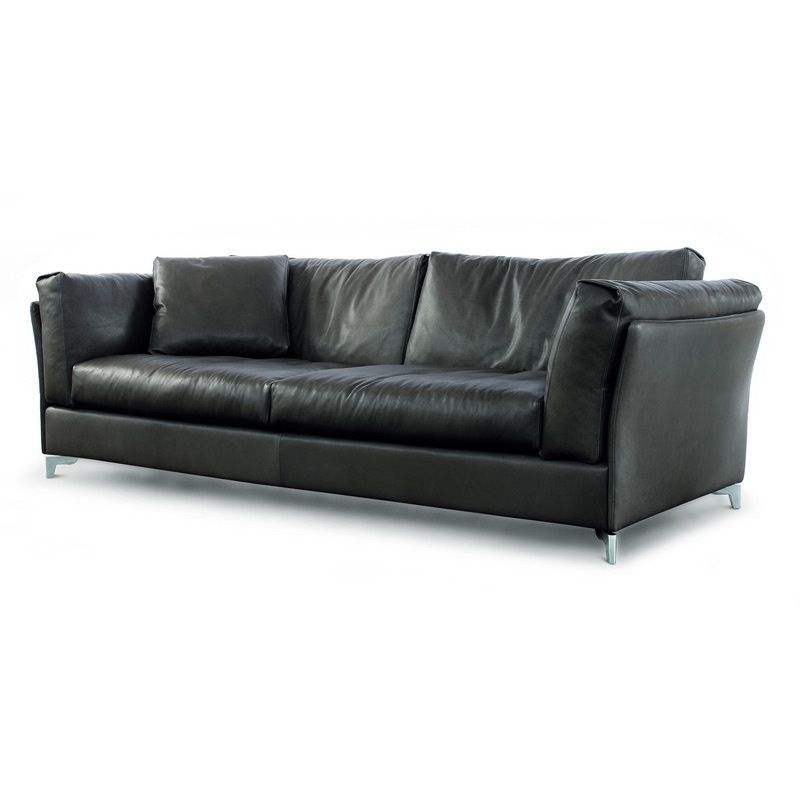 sofa with frame in solid wood a filler of polyurethane