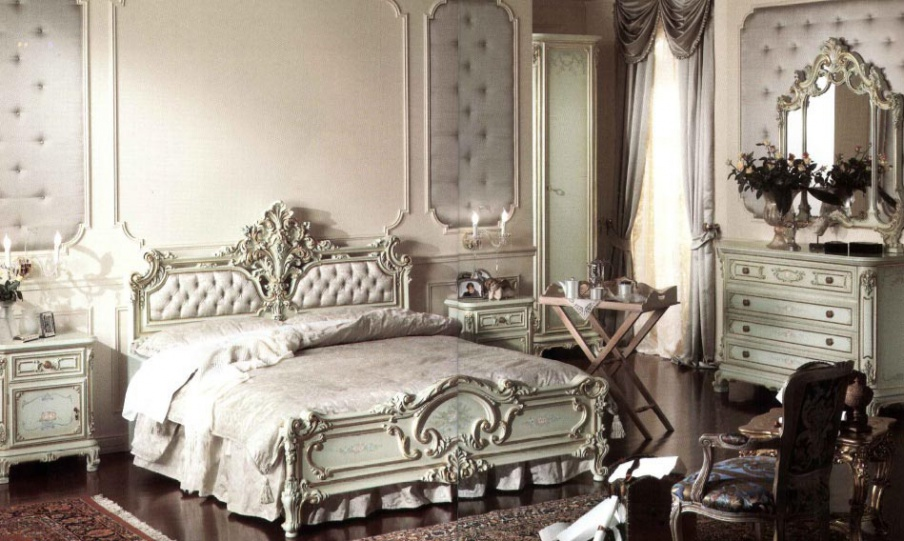 Bedroom suite carved from solid wood in lacquer