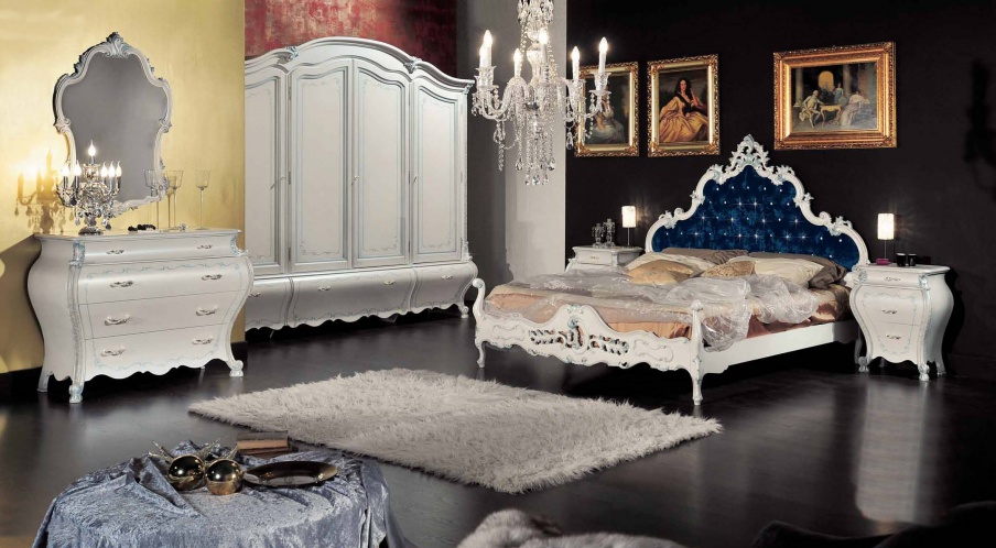 Bedroom suite with carved pattern and decorative