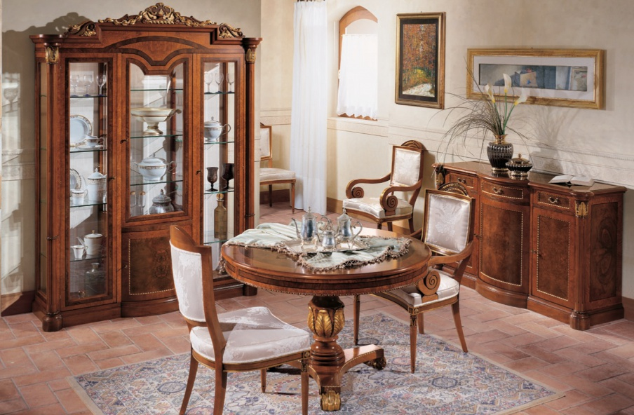 The Firenze dining table, Bianchini