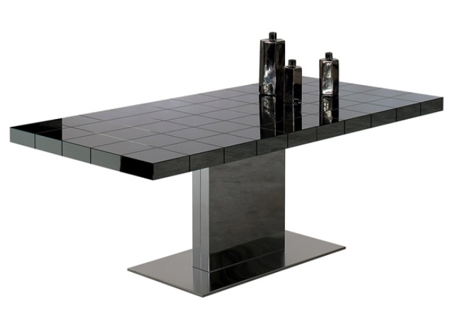 The sliding table on the frame of stainless steel with glass top Lingotto, Bonaldo