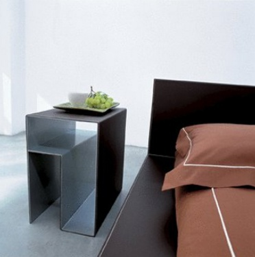The Bedside Table On A Metal Frame Skyline, Bonaldo