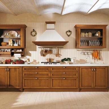 Set for the kitchen made of natural wood with glazed cabinets ...