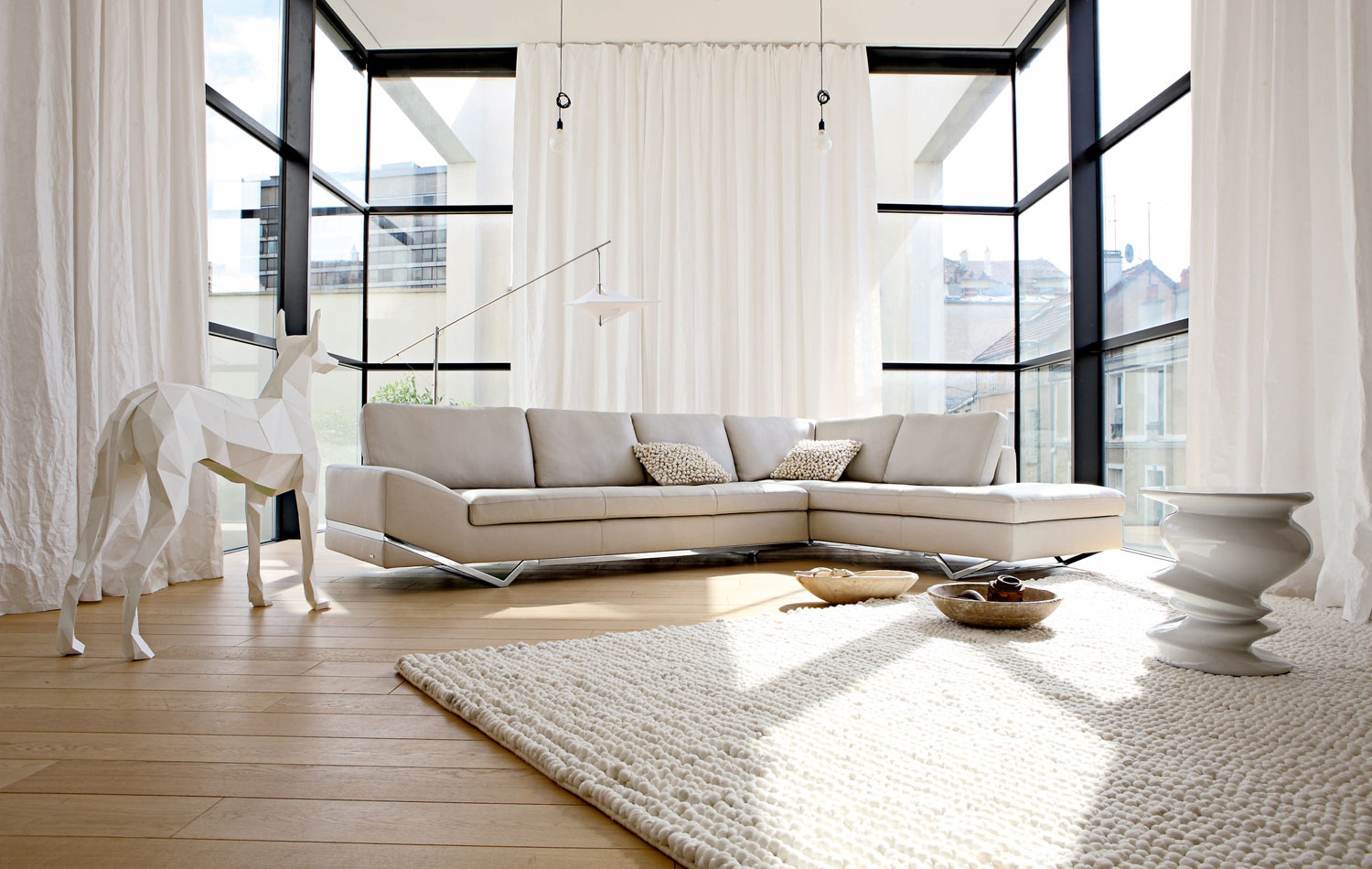the sofa is modular intervalle roche bobois luxury. Black Bedroom Furniture Sets. Home Design Ideas