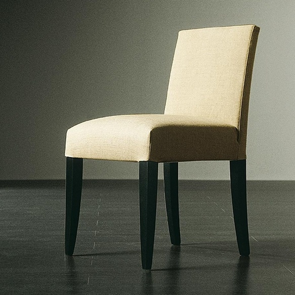 A chair on a frame of solid beech upholstered Roberts, Meridiani