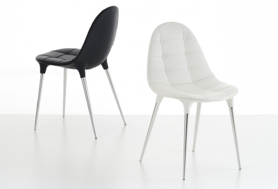 The chair on steel legs 245 / 247 CAPRICE, Cassina