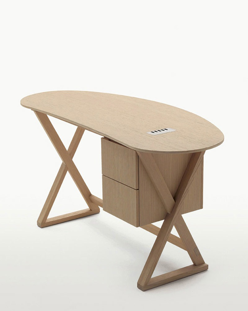 A Desk with drawers, Sidus - Maxalto