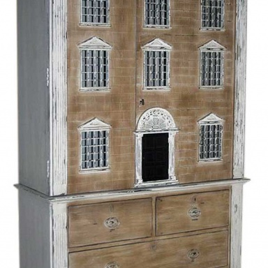 Cabinet Dolls House
