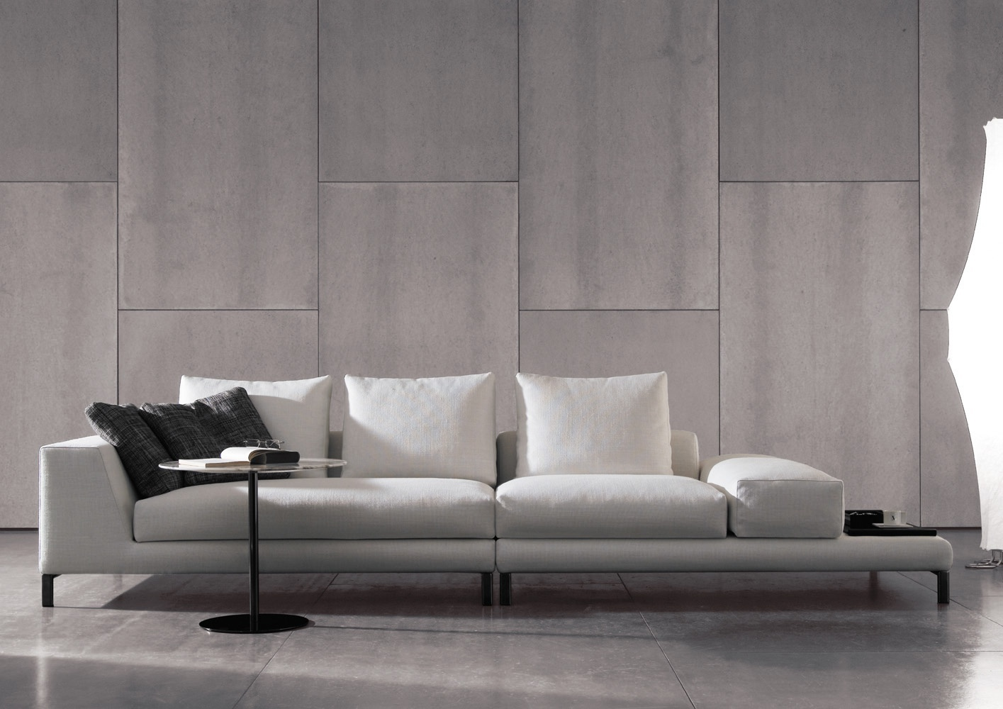 modular sofa to relax on hamilton islands minotti luxury furniture mr. Black Bedroom Furniture Sets. Home Design Ideas