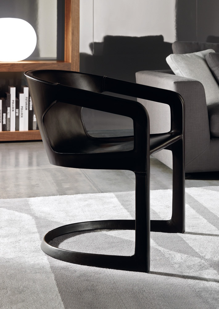 Armchair twombly minotti luxury furniture mr for Minotti outlet italy