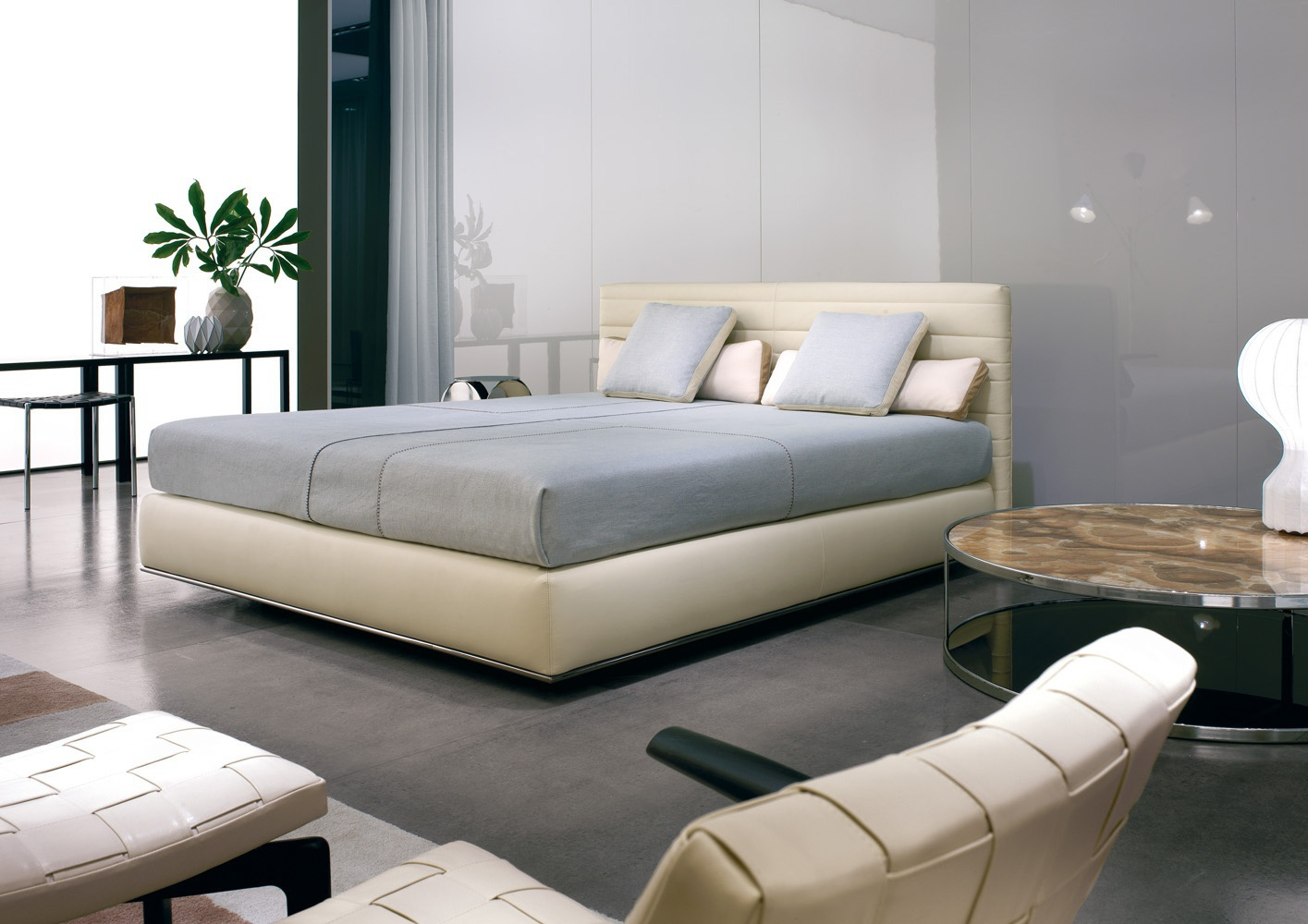 The Hamilton Bed Minotti Luxury Furniture Mr