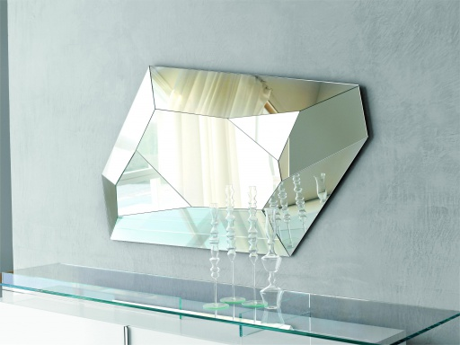 Mirror Diamond