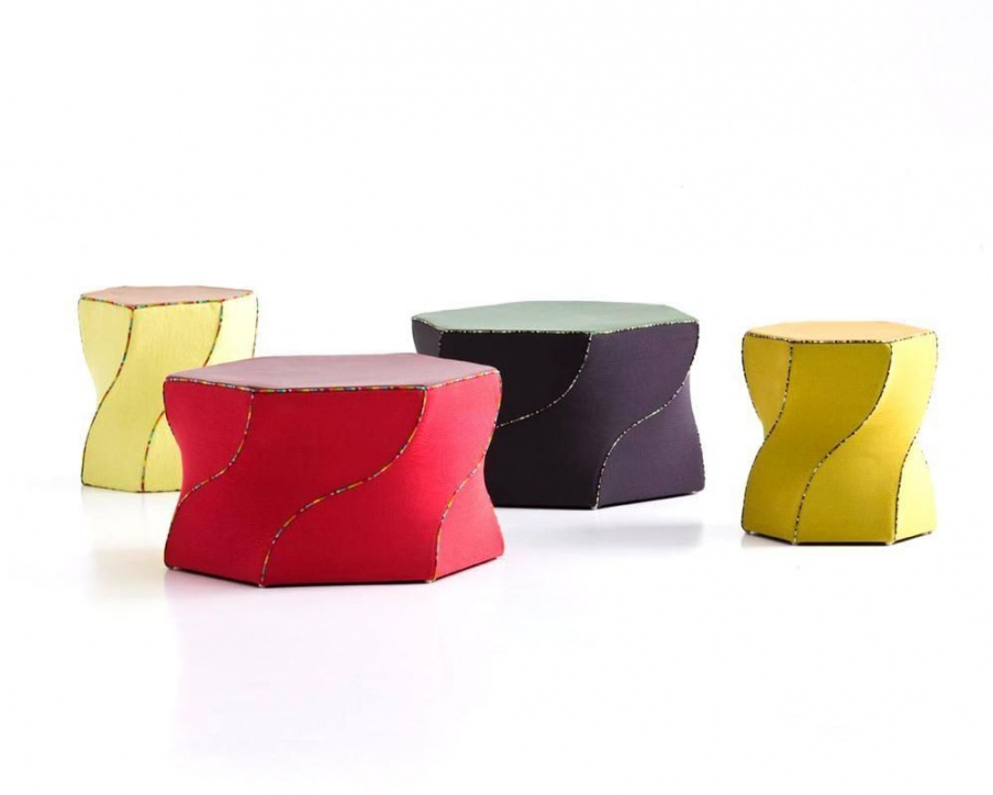 Pouf upholstered in leather Twist, Moroso