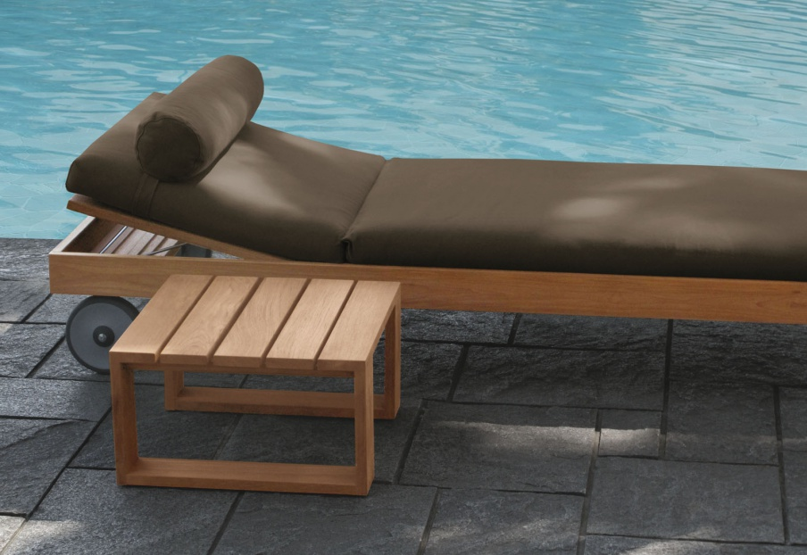 The sun lounger for garden Square, Meridiani