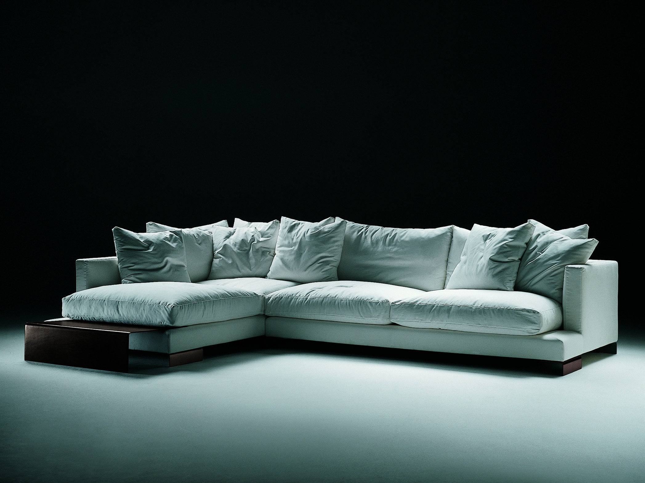 Modular corner sofa upholstered in leather or fabric long for Long island sectional sofa grey fabric