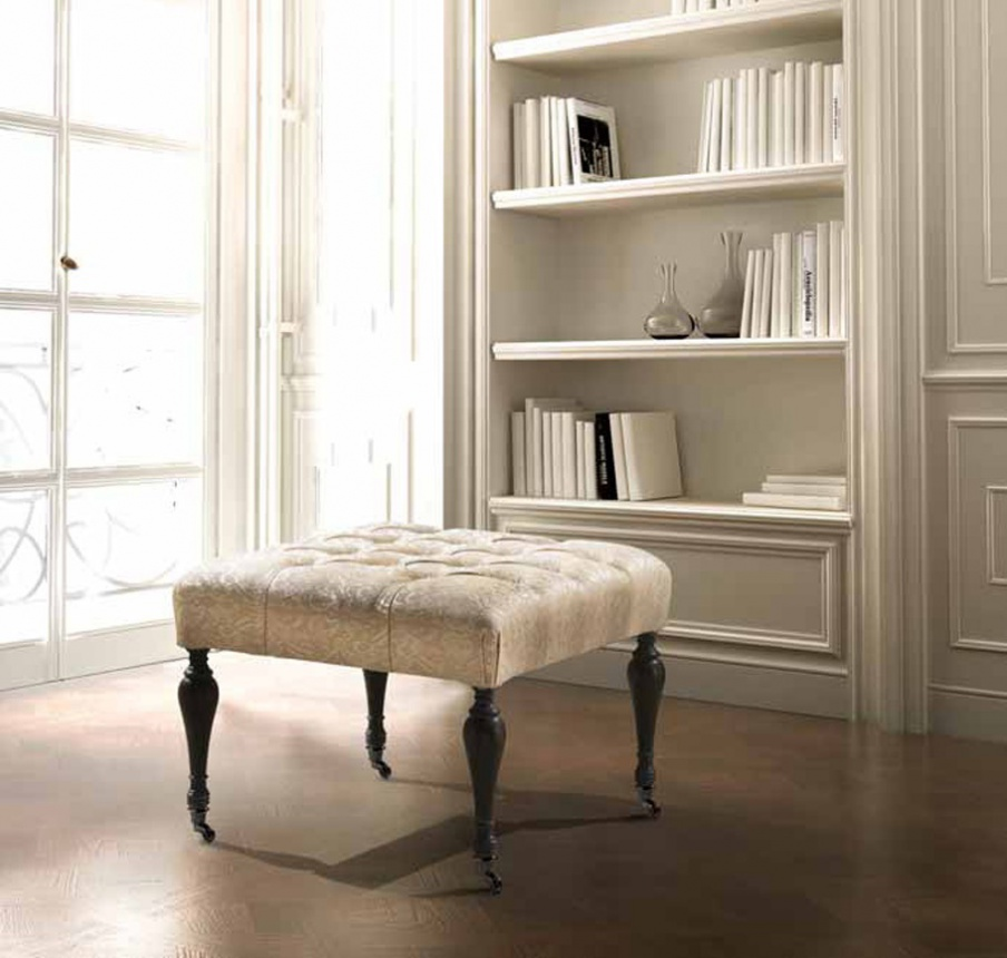 Square Pouf On A Frame Of Wood On Wheels Mediterraneo Angelo Best Pouf On Wheels