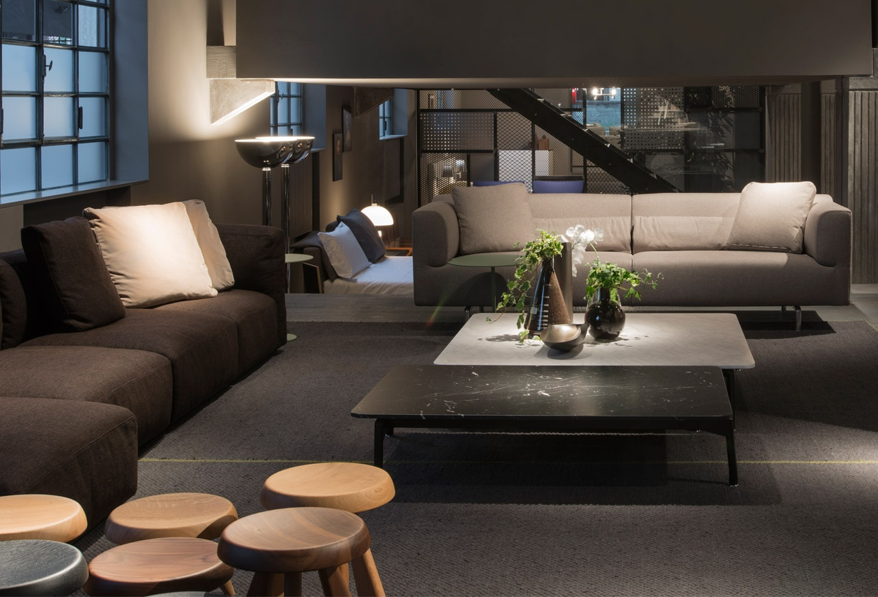 Coffee Table On Steel Frame SLED 288, Cassina