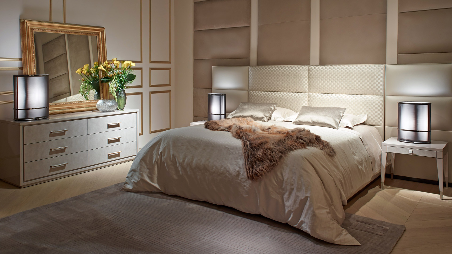Double urano 2 bed with high upholstered headboard fendi for Interni casa design