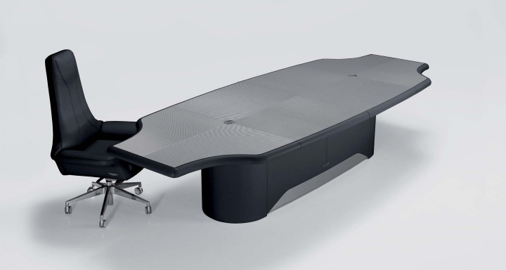 Conference table V045