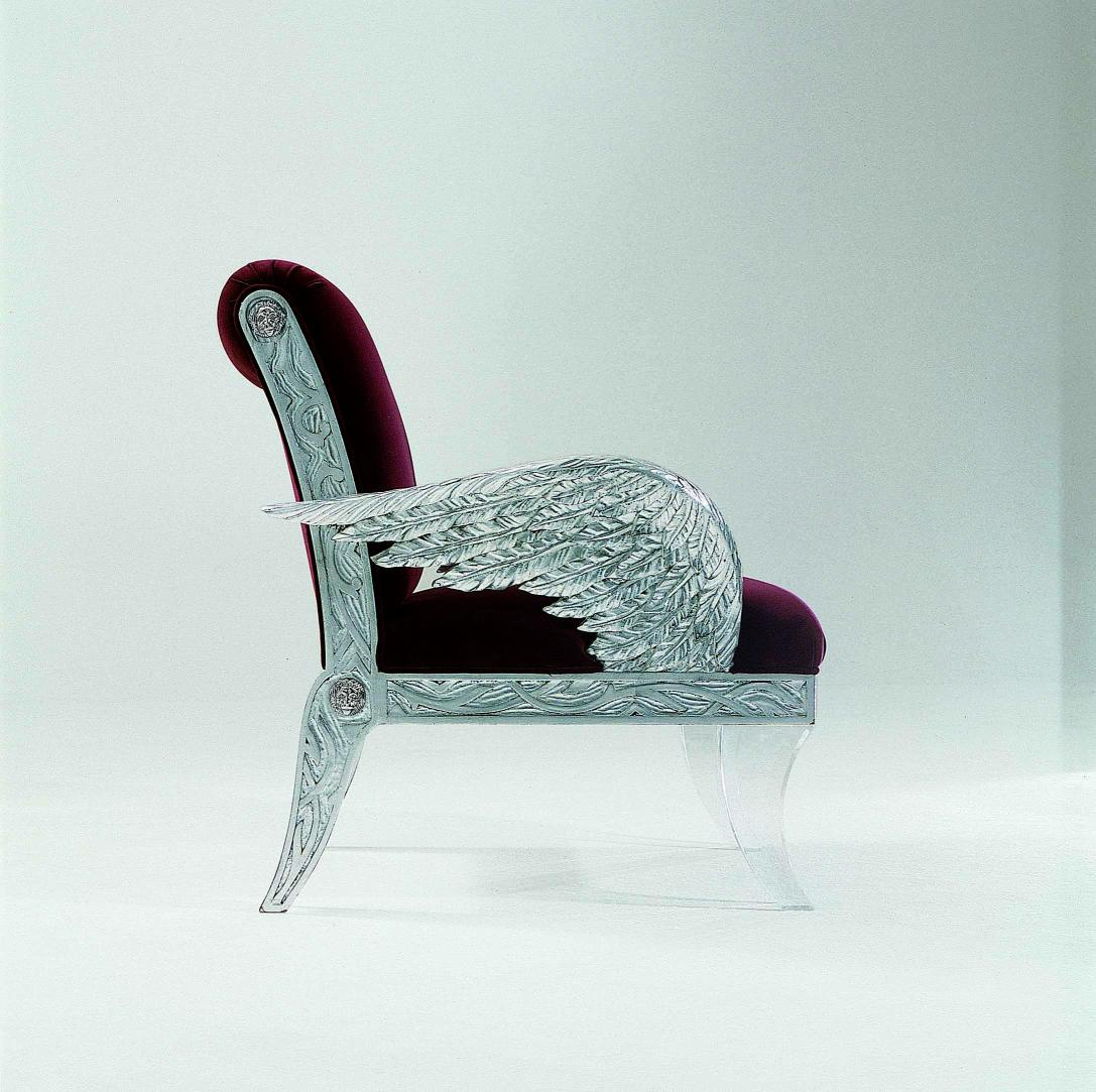 Chair Made Of Natural Wood In Fabric Leggende Future