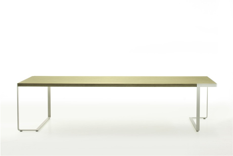 Dining table with metal legs Tre d Moroso Luxury