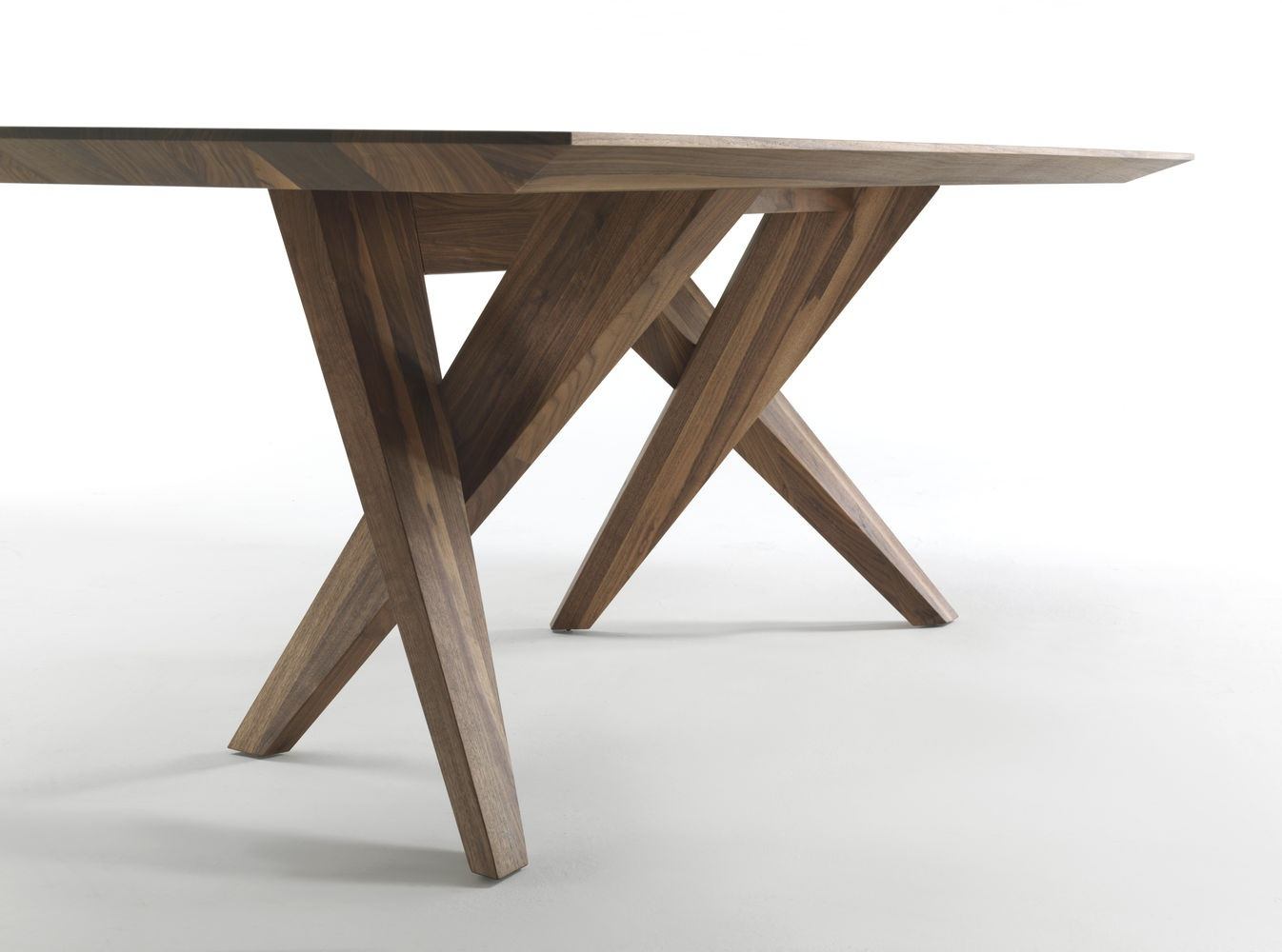 Dining table with rectangular top made of solid wood sw for Holztisch couch