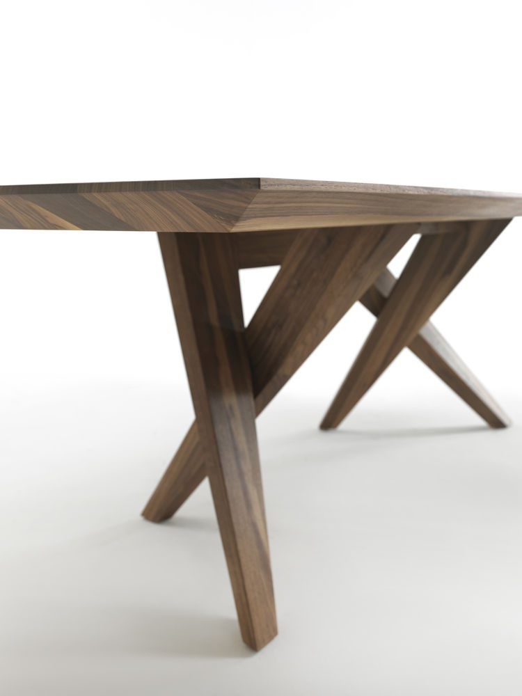 Dining table with rectangular top made of solid wood SW