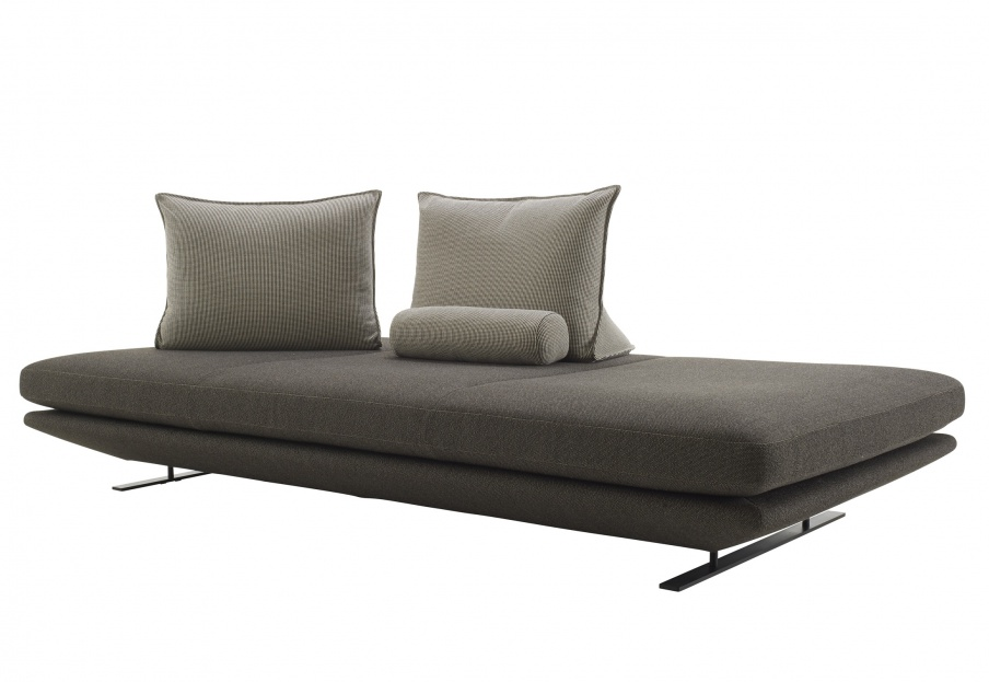 Three Seater Sofa In Fabric Prado