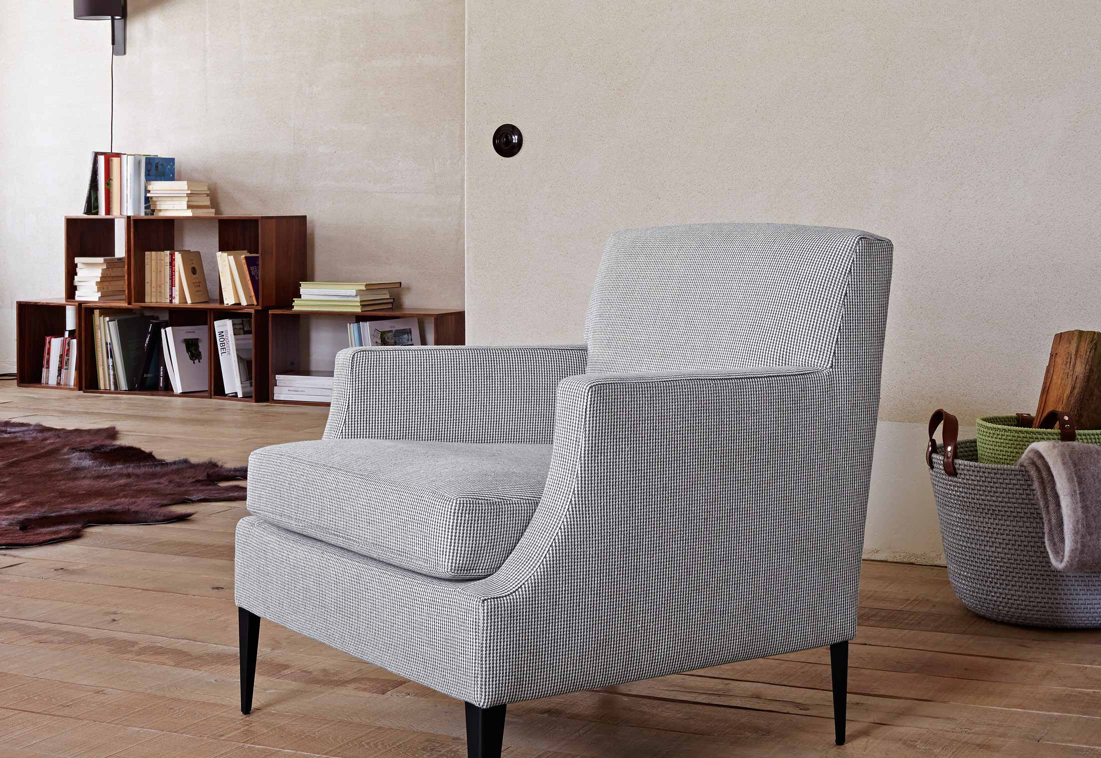 chair with metal frame in fabric voltige ligne roset. Black Bedroom Furniture Sets. Home Design Ideas